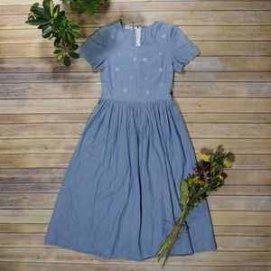 Vintage Chambray Prairie Dress with Full Skirt